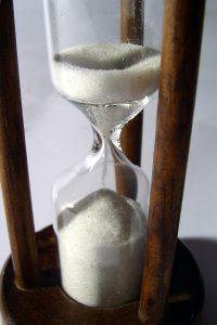 f141fa533111 El reloj de arena  algo más que medir el tiempo - ¡Qué juegos de mesa!